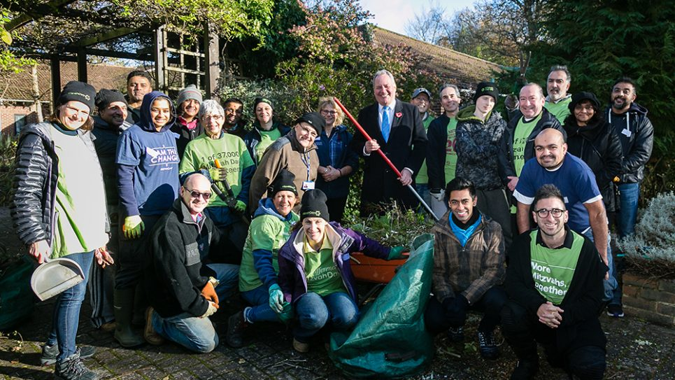 Jewish and Hindu group renovated the gardens of the Royal National Orthopaedic Hospital in Stanmore, assisted by Bob Blackman MP - picture by Yakir Zur