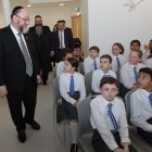 Chief Rabbi Ephraim Mirvis meets students at the new school