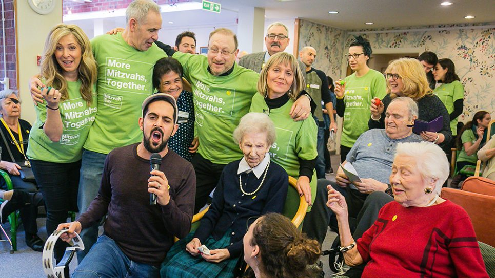 Tracy-Ann Oberman, Dan Patterson, The Mayor of Camden and MD Founder Laura Marks among the volunteers singing for the elderly at Spring Grove care home - picture by Yakir Zur