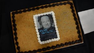 """Grammy-winning songwriter Steve Dorff, whose """"I Wrote That One, Too …"""" is captured on a giant cookie from Ali's Cookies, performs at the festival Nov. 6."""