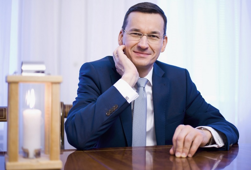 Poland's new PM Morawiecki sworn in