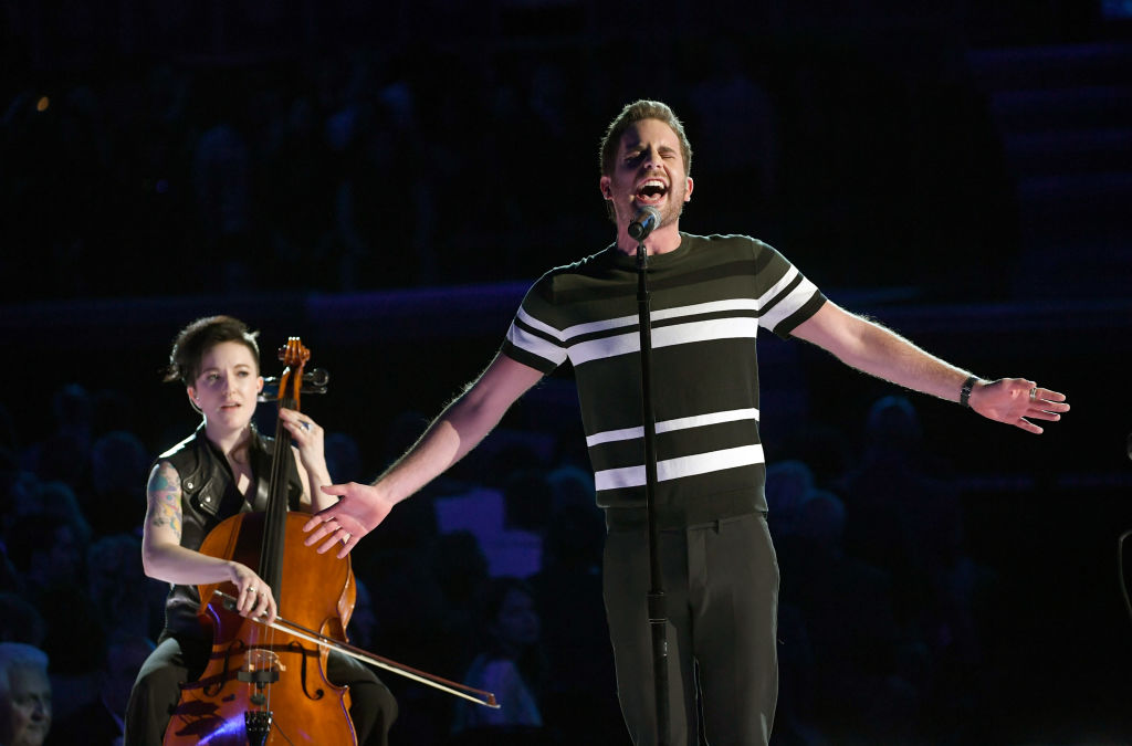 Jewish moments at the 60th grammy awards jewish week 60th annual grammy awards show malvernweather Image collections