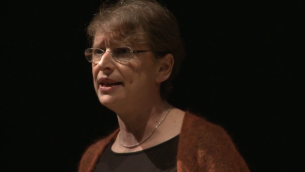 Maureen Kendler speaking at a JDOV talk in 2013