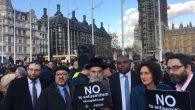 David Lammy (third from the left) alongside members of the Stamford Hill Jewish community he represents
