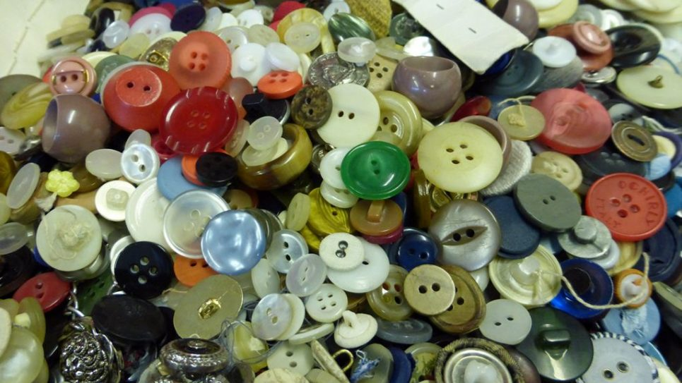 Buttons 3