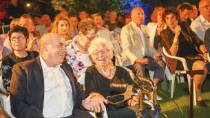 Natan Sharansky and Alice Shalvia share a joke at the Jewish News Aliyah 100 event   Photos by Yossi Zeligar/Nikoart