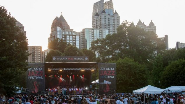 ART-OntheTown jazz fest at piedmont park