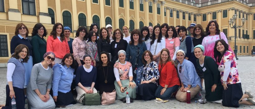 Valerie Mirvis (centre) with the group of Rebbetzins in the Austrian capital