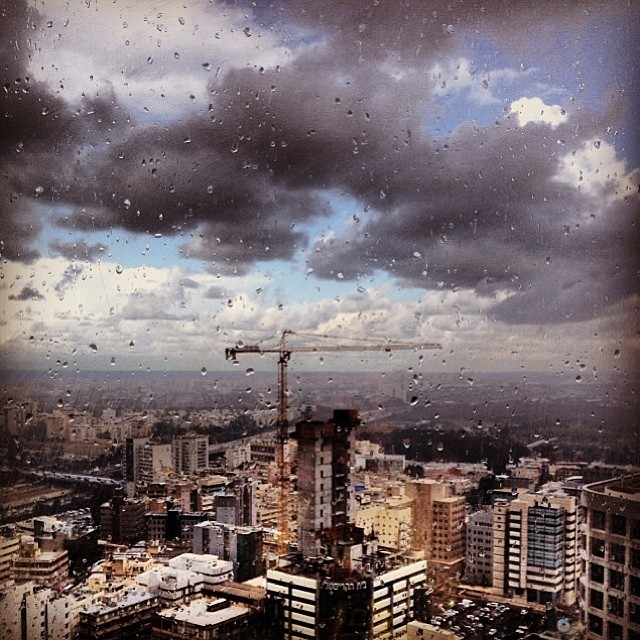 Rainy day from the 30th floor! Captured by @orinbar2606 have an amazing winter ☔️ #Timesofisrael