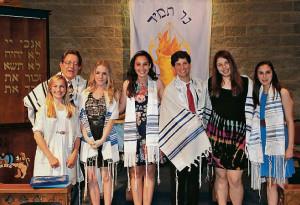 Rabbi Thomas Liebshutz with confirmands (left to right) Randi Epstein, Kendra Lerman, Megan McMillan, Josh Ehrlich, Jessica Ungar and Alyssa McMillan. Not pictured is Alex Goldstein.
