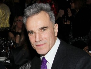 Daniel Day-Lewis is staying busy these days, thinking of possibly becoming the next James Bond and filling a key role in the Star Wars saga.