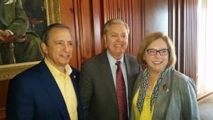 Local Republican Jewish Coalition leaders Chuck and Bonnie Berk welcome Sen. Lindsey Graham.