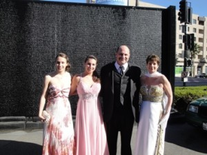 Ed and Tina Borg attend the Grammys in February 2012 with their daughters, Michelle and Sydney. Tina Borg died that October.