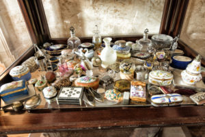 Mario Foah's collection of exotic pillboxes