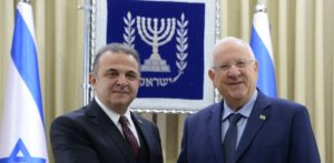 Photo by Mark Neiman, Government Press Office Israeli President Reuven Rivlin (right) welcomes new Turkish Ambassador Mekin Mustafa Kemal Okem on Dec. 12.