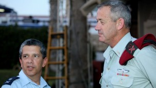 The pieces are falling into place. Newly appointed Israel Airforce Chief Amir Eshel (left) with Chief of General Staff Benny Gantz. (Photo credit: Moshe Shai/FLASH90)