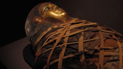 A history of unhealthy morbid fixation? An Egyptian mummy at the Memorial Art Gallery in Rochester, NY (photo credit: CC BY-SA mamamusings, Flickr)