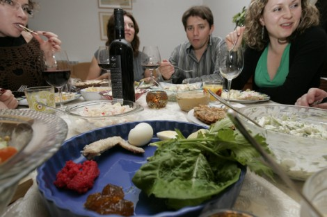 So long, and thanks for all the gefilte fish, bitches! (photo credit: Anna Kaplan/ Flash90)