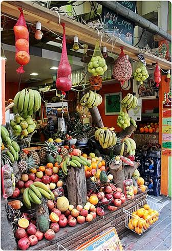 Fruits and veggies are abundant in Tel Aviv. Photo by Jael A.