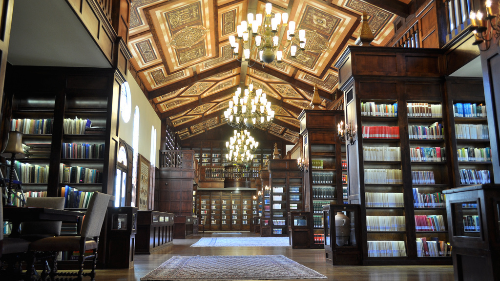 Inside Lanier Theological Library (Photo: courtesy of Lanier Theological Library)