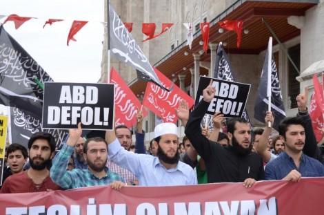 ISIS - Islamic State rally in the town of Fatih, in Istanbul - the photo have taken by Erk Acarer - Cumhuriyet Newspaper's journalist