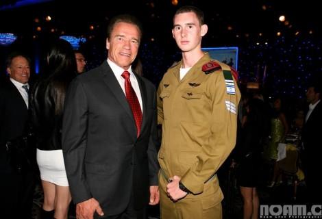 Max Levin with Arnold Schwarzenegger-Photo Noam Chen