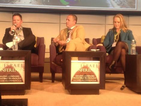 R-Jennifer Salke NBC Entertainment president, Bert Salke Fox 21 president David Kenner Oasis Media Group-Photo Nurit Greenger