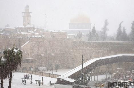 rare snow storm in jerusalem