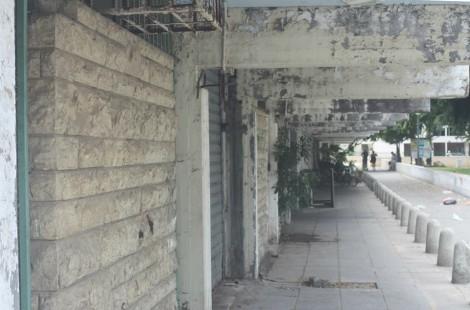 Kfar Shalem strip mall.