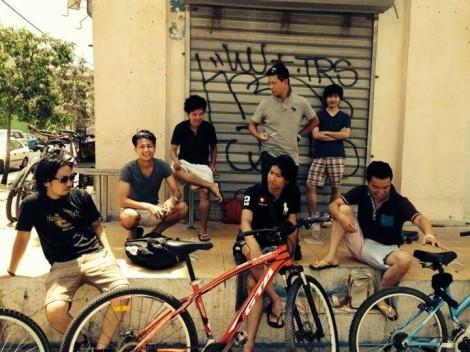 Takuya (L), Ani (C) and Mr. Sakakibara (R) with other members of Samurai House Israel