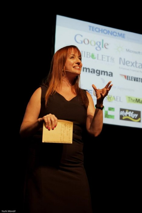 Donna Griffit in action at industry conferences , meetups, and events....