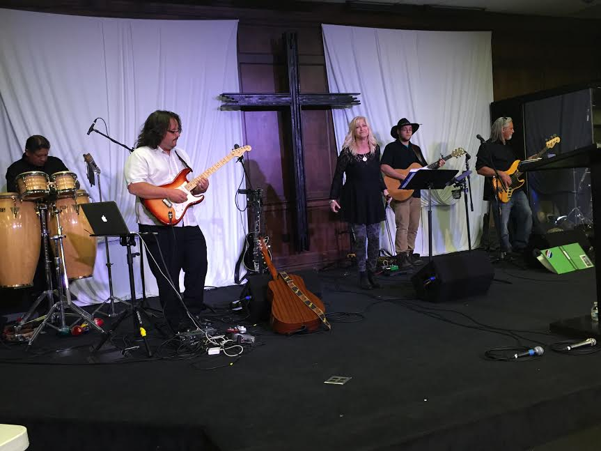 Lev Shilo band, lead singer Cory Bell