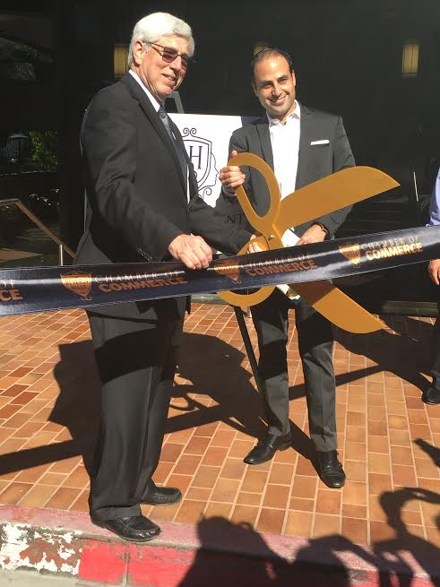 -Beverly Hills Mayor, Dr. Julian A. Gold, MD and Dr. Ben Talei-Cutting the ribbon-Photo N Greenger