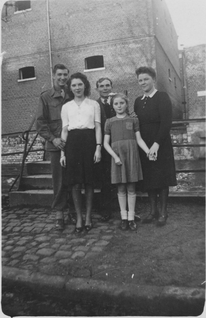 Liberated Jewish family during the Holocaust