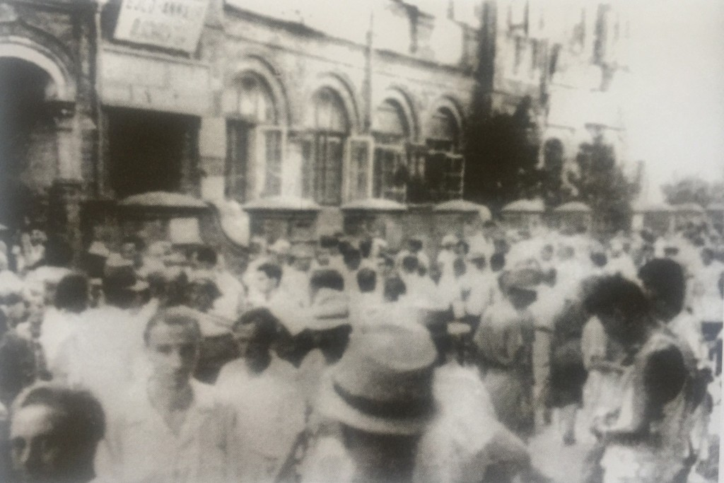 Chusan Road Market was the commercial center of the Hongkew (Photo Credit: CC - BY Horst Eisfelder, Shanghai Jewish Refugees Museum)
