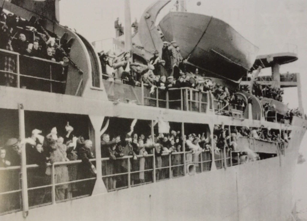 Goodbye, Shanghai! Jewish refugees leaving Shanghai for new settlements in 1947 (Photo Credit: CC - BY Shanghai Jewish Refugees Museum)