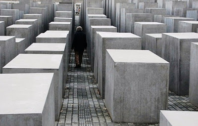 holocaust-memorial-in-berlinx-germany