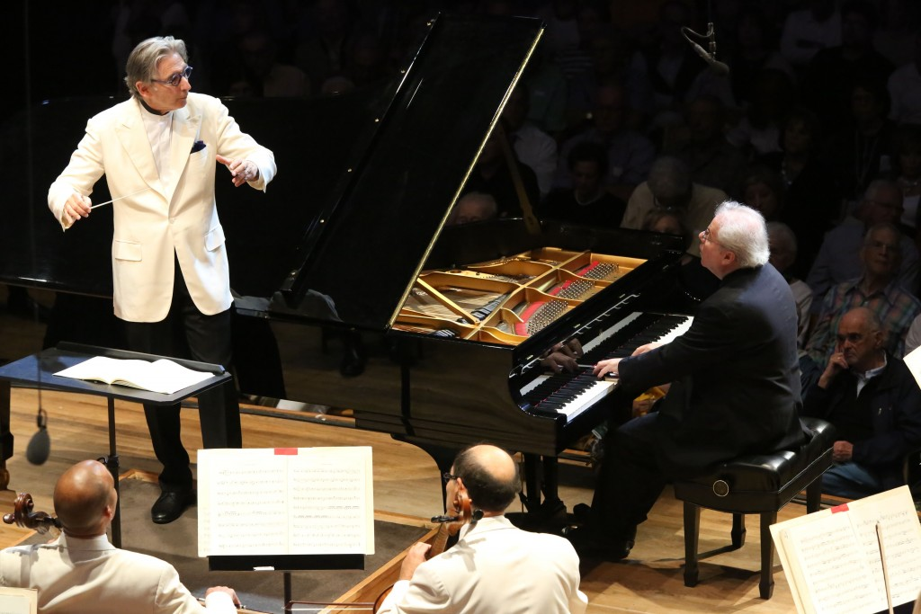 Michael Tilson Thomas conducting Emanuel Ax on Piano at Tanglewood on July 25. (Photo credit: Credit Hilary Scott, courtesy BSO)