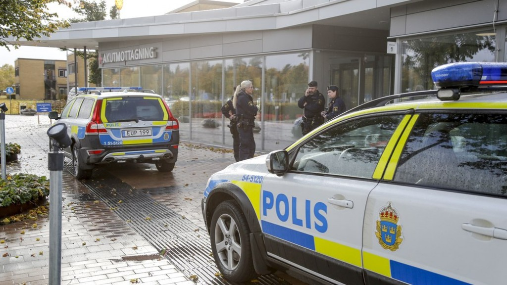 The hospital in Trollhättan where two are dead after attack on school. Photo credit: Björn Larsson Rosvall / TT