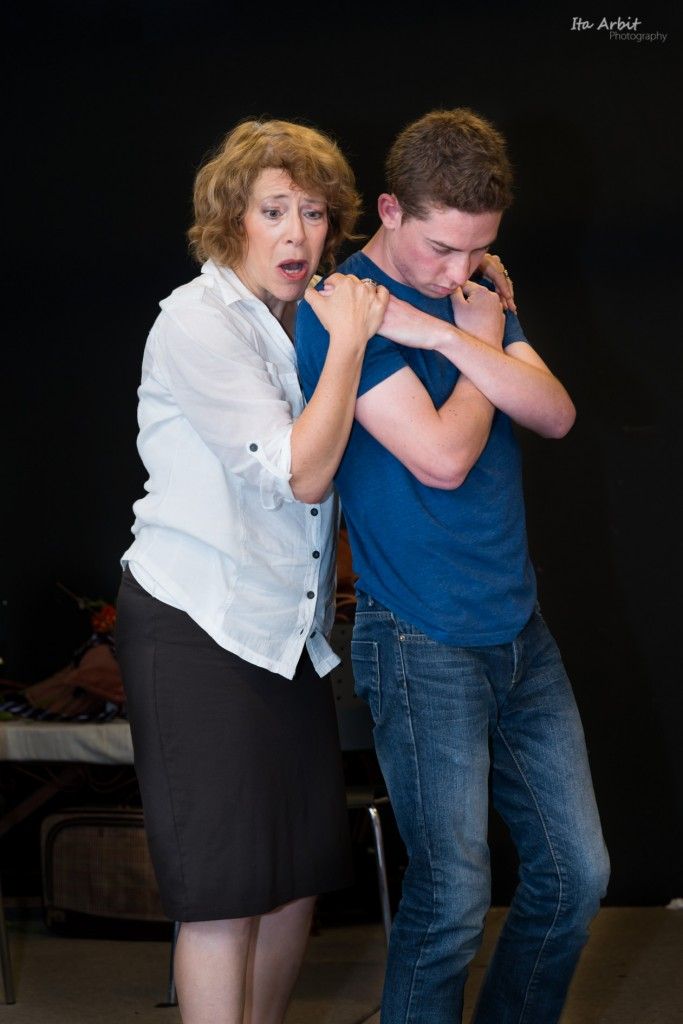 Cash and Feldman portray a complex mother-son relationship (Photo courtesy of: Ita Arbit)