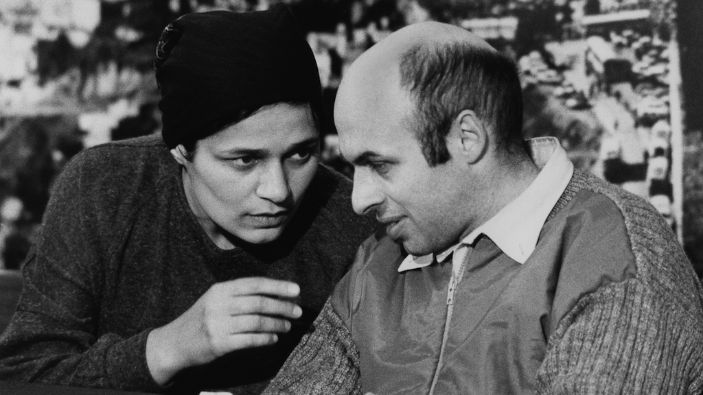 Former Soviet refusenik and prisoner, Israeli politician, human rights activist and author Natan Sharansky with his wife Avital after his release from prison in the Soviet Union. He landed in Israel on February 11, 1986 (Moshe Shai/FLASH90.)