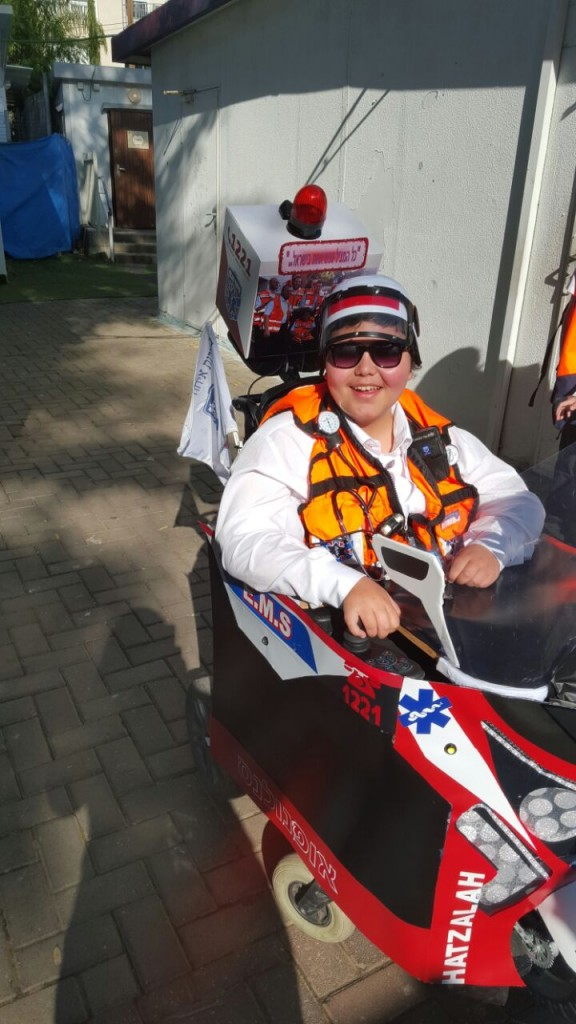 Yehuda gets his wish of becoming a lifesaving EMS United Hatzalah volunteer