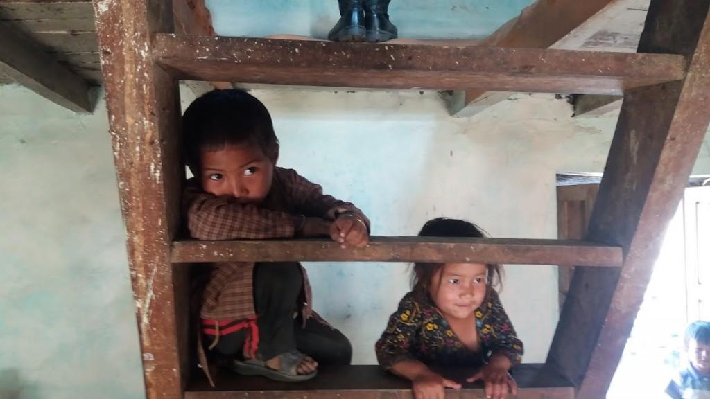 Children in Manegau village, April 2016 (Iddo Gefen)