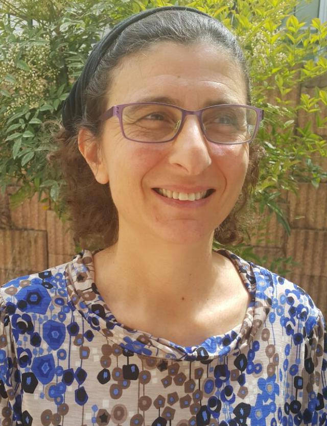 Dr. Eve Finkelstein