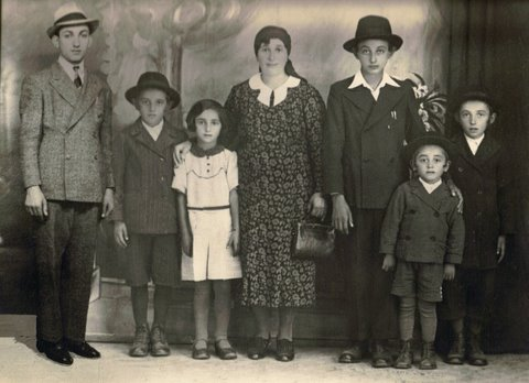The Einhorn Family (My grandfather is the third from the right)
