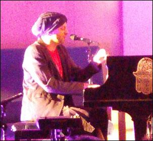 Idan Raichel in Jericho, NY 6/1/16)