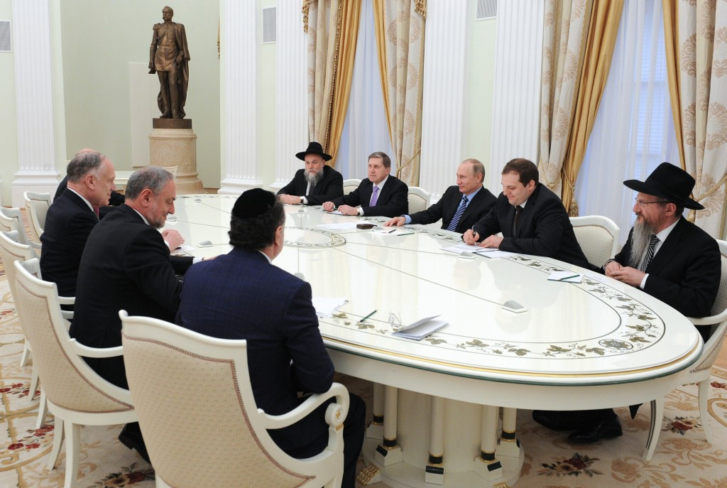 A delegation of the World Jewish Congress (WJC) and the Russian Jewish Congress (RJC), led by WJC President Ronald S. Lauder, was received on April 19, 2016 at the Kremlin by Russian President Vladimir Putin. (Photo credit: Kremlin Press Service)