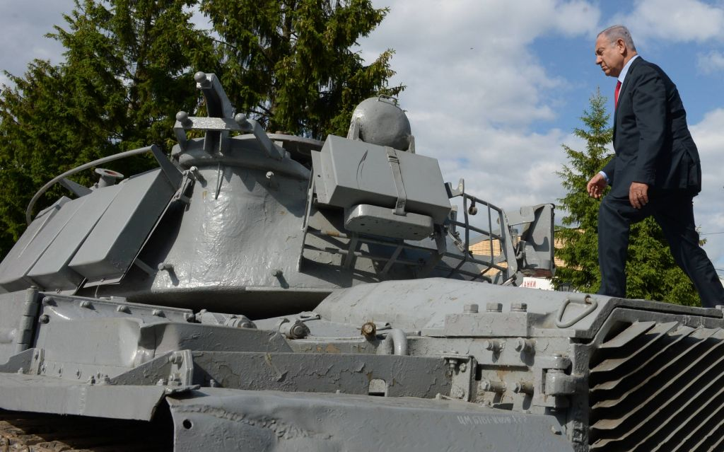 The prime minister received the tank on behalf of the families of its lost crew