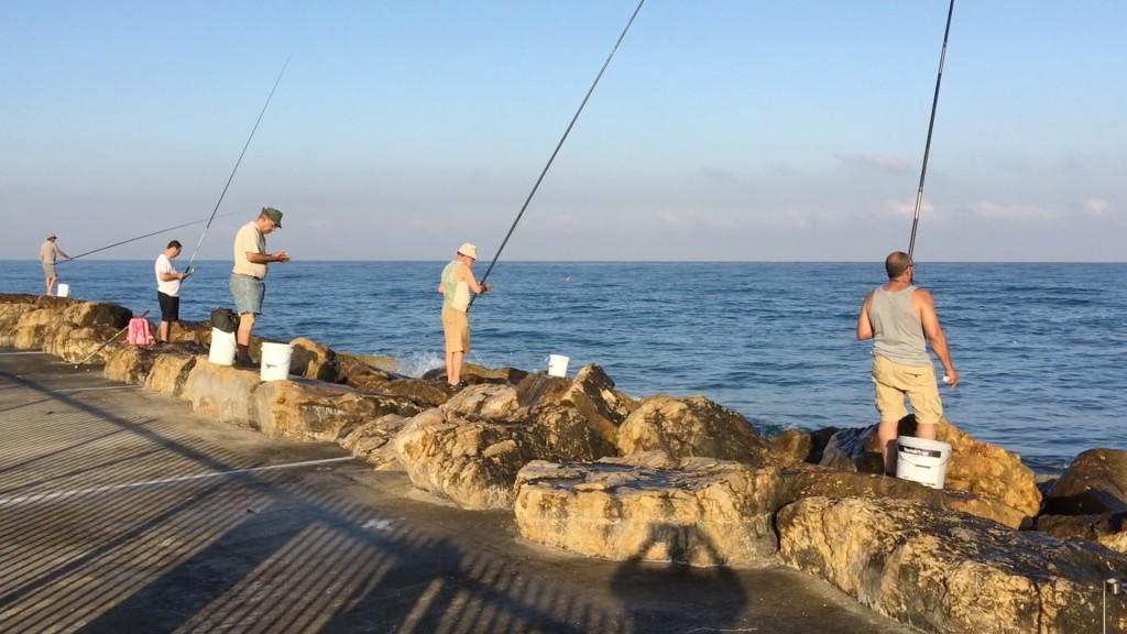 Fishing in Tel Aviv