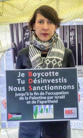 Gwenaëlle Grovonius supports the anti-Semitic BDS movement that spreads lies about Israel and call for worldwide undiscriminated boycott of all Israeli citizens.